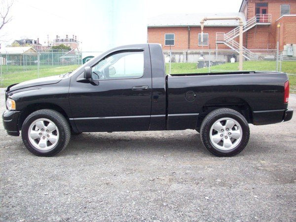 2002 dodge ram 1500 sport. Black Bedroom Furniture Sets. Home Design Ideas